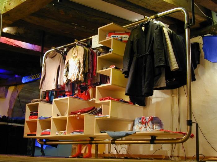 Aquarius Shop Design